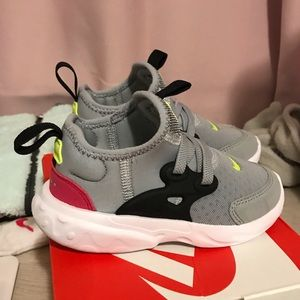 Toddler girls Nike Presto 7c
